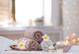 Beautiful,Spa,Composition,On,Massage,Table,In,Wellness,Center
